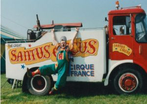 Happy's Circus Santus