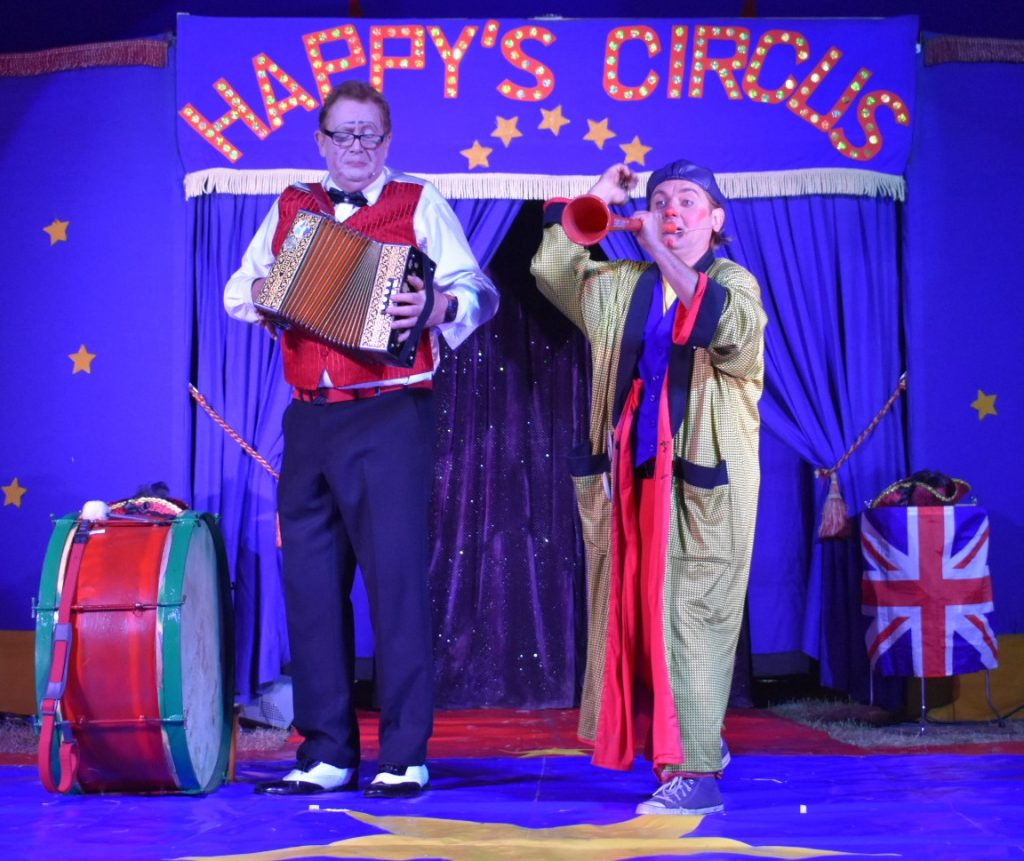 Happy's Circus 7