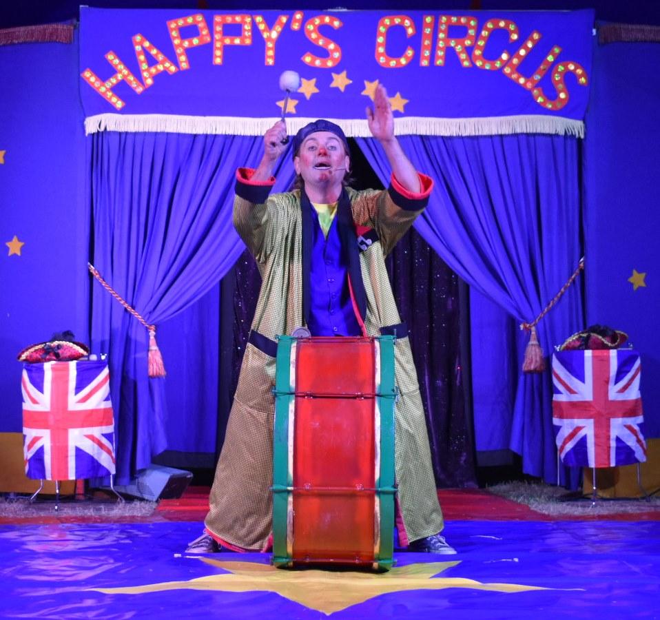 Happy's Circus 8